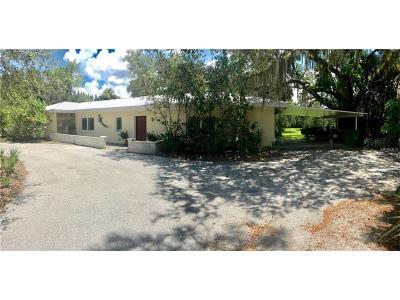 Punta Gorda Single Family Home For Sale: 4841 Riverside Drive
