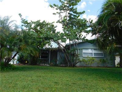 Port Charlotte Single Family Home For Sale: 22104 Rochester Avenue