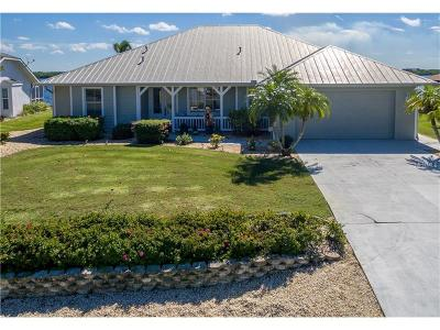 Punta Gorda Single Family Home For Sale: 3188 Peace River Drive