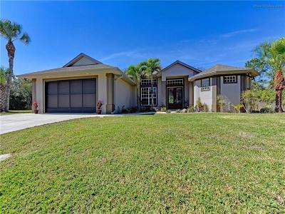 Port Charlotte Single Family Home For Sale: 1359 Clearview Drive