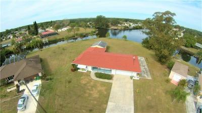 Port Charlotte Single Family Home For Sale: 18742 Countryman Avenue