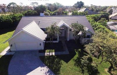 Naples Single Family Home For Sale: 812 Willowwood Lane