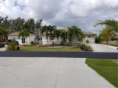 Port Charlotte Single Family Home For Sale: 10578 Riverside Road