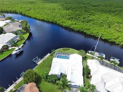 Punta Gorda Single Family Home For Sale: 5030 Captiva Court