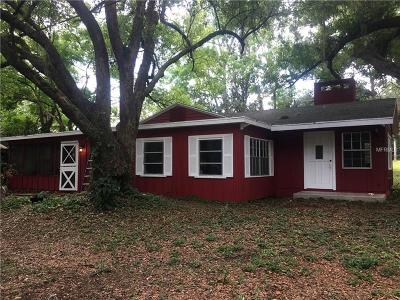 Zephyrhills Single Family Home For Sale: 38516 Young Drive