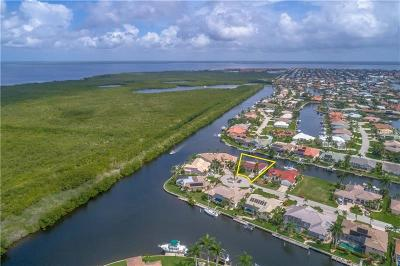 Punta Gorda Single Family Home For Sale: 3670 Aruba Court