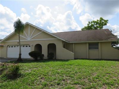 Port Charlotte Single Family Home For Sale: 490 Lomond Drive