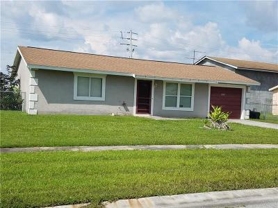North Port Single Family Home For Sale: 6658 Kenwood Drive