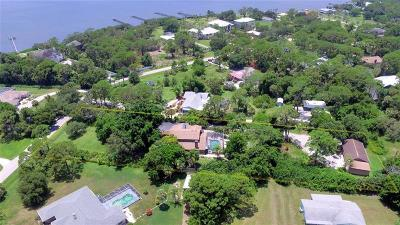 Englewood Single Family Home For Sale: 1070 Bayshore Drive
