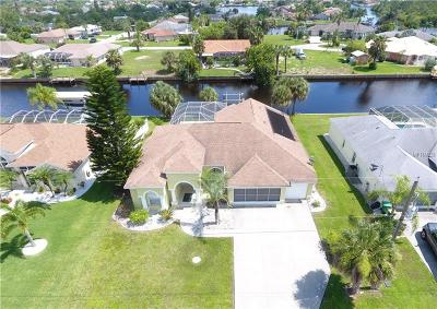 Port Charlotte Single Family Home For Sale: 17123 Edgewater Drive