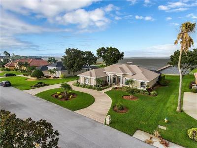 Winter Haven Single Family Home For Sale: 337 Hamilton Shores Drive NE