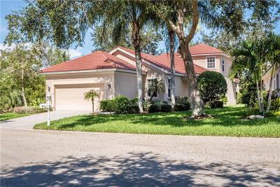 Port Charlotte Single Family Home For Sale: 3215 Village Lane