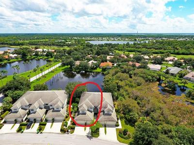 Port Charlotte Condo For Sale: 3332 Grand Vista Court #201