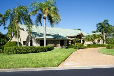 Estero Single Family Home For Sale: 20105 Wildcat Run Drive