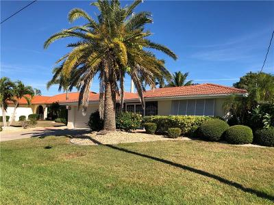 Punta Gorda Single Family Home For Sale: 2211 Palm Tree Drive