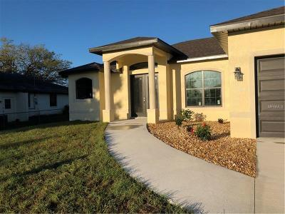 Port Charlotte Single Family Home For Sale: 3167 Lake View Boulevard
