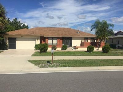 Port Charlotte Single Family Home For Sale: 19358 Edgewater Drive