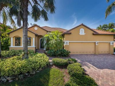 Fort Myers Single Family Home For Sale: 8904 Tropical Court