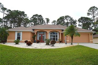 Port Charlotte Single Family Home For Sale: 16427 Hillsborough Boulevard