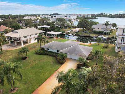 Englewood Single Family Home For Sale: 2049 Panama Boulevard