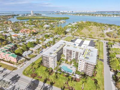 Lido Key Condo For Sale: 1001 Benjamin Franklin Drive #406
