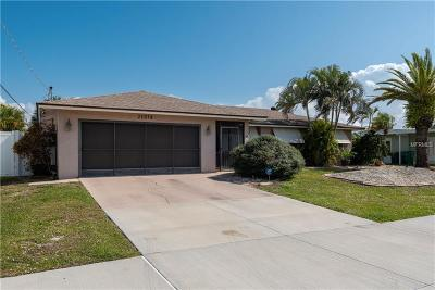 Port Charlotte Single Family Home For Sale: 21078 Edgewater Drive