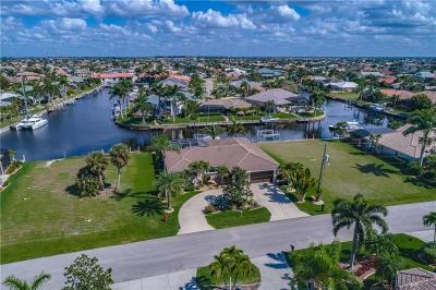 Punta Gorda Single Family Home For Sale: 3236 Antigua Drive