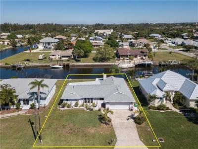 Punta Gorda Single Family Home For Sale: 520 Canal Way