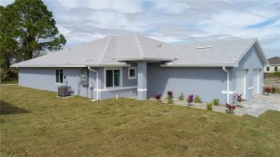 Port Charlotte Single Family Home For Sale: 9473 Agate Street