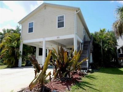Punta Gorda Single Family Home For Sale: 3411 Country Club Lane