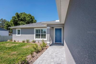 Port Charlotte Single Family Home For Sale: 1645 Viscaya Drive