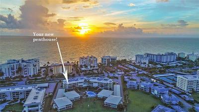 Naples Condo For Sale: 3300 Gulf Shore Boulevard N #411