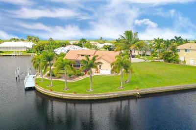 Punta Gorda Single Family Home For Sale: 605 Candia Court