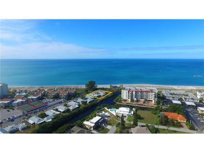 Bradenton, Lakewood Ranch, Longboat Key, Sarasota, Longboat, Nokomis, North Venice, Osprey, Siesta Key, Venice Villa For Sale: 908 Villas Drive #37