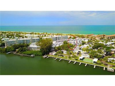 Englewood Condo For Sale: 2255 N Beach Road #9