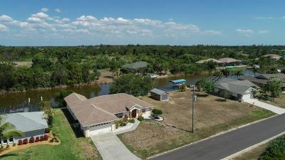 Port Charlotte Single Family Home For Sale: 9518 Spring Circle