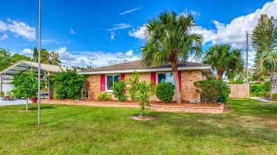 Venice Single Family Home For Sale: 401 Shamrock Boulevard