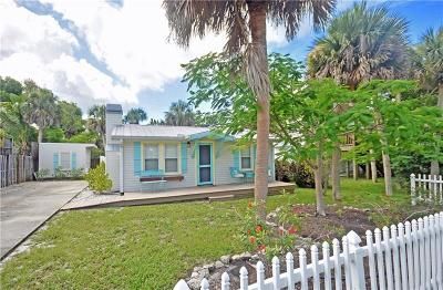 Englewood Single Family Home For Sale: 135 Wilhelm Drive