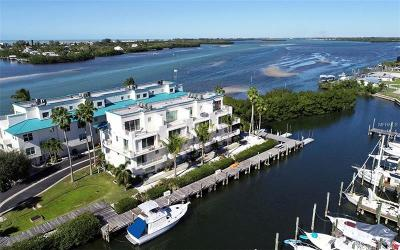 Placida, Englewood Townhouse For Sale: 8018 Bay Pointe Drive