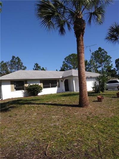 Port Charlotte Single Family Home For Sale: 22164 Deborah Avenue