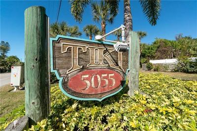 Englewood Condo For Sale: 5055 N Beach Rd #113