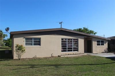 Port Charlotte Single Family Home For Sale: 22216 Midway Boulevard
