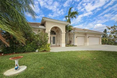 Port Charlotte Single Family Home For Sale: 15618 Aqua Circle