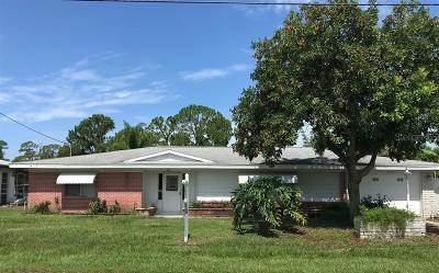 Port Charlotte Single Family Home For Sale: 1333 Dorchester Street