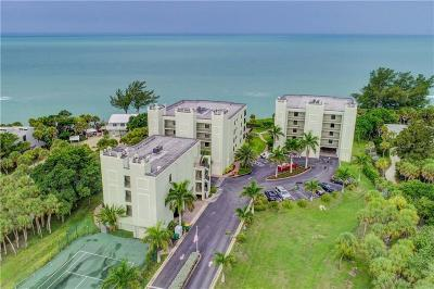 Englewood Condo For Sale: 5050 N Beach Road #103