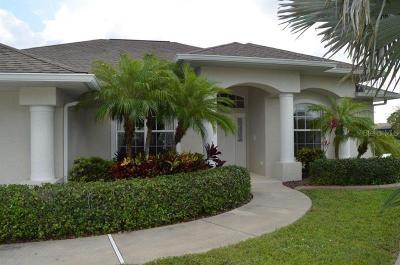 Single Family Home For Sale: 1175 Rotonda Circle
