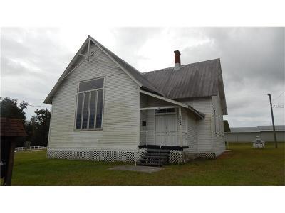 Dade City Single Family Home For Sale: 36134 Clinton Avenue