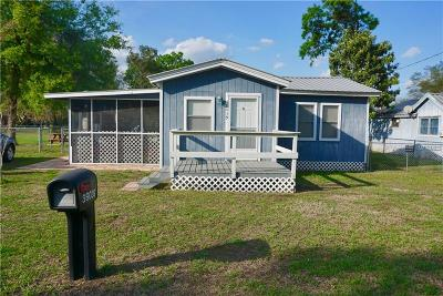 Dade City Single Family Home For Sale: 38039 Buford Avenue
