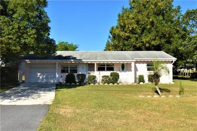 Zephyrhills Single Family Home For Sale: 8835 Gall Boulevard