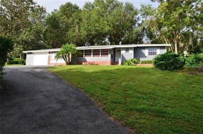 Mount Dora Single Family Home For Sale: 1811 Hilltop Drive